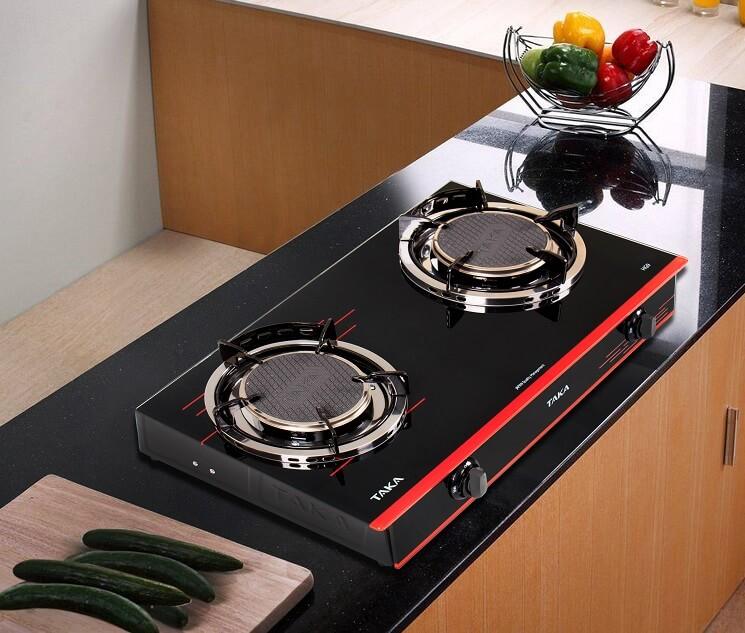 Kích thước bếp nhỏ gọn không chiếm nhiều diện tích bàn bếp